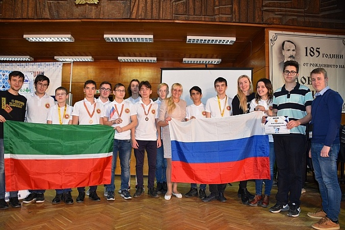School students trained in the Innopolis University have won 9 medals at the Xth International Autumn Informatics Tournament in Bulgaria
