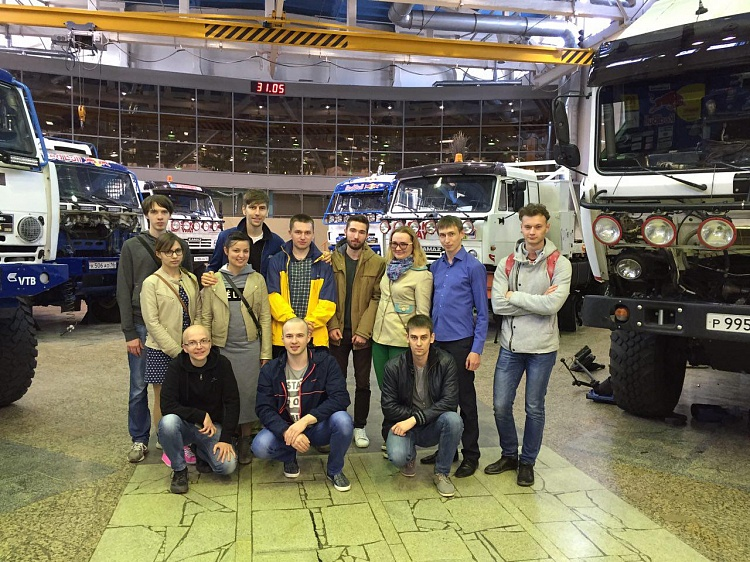 Students of Innopolis University speak about manufacturing process at Kamaz